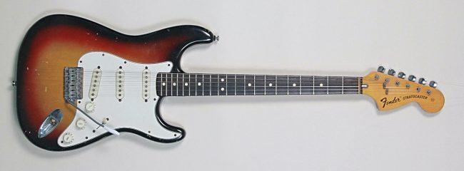 [KUVA: Fender Stratocaster 1975]